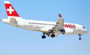 Un avion de Swiss dans le ciel