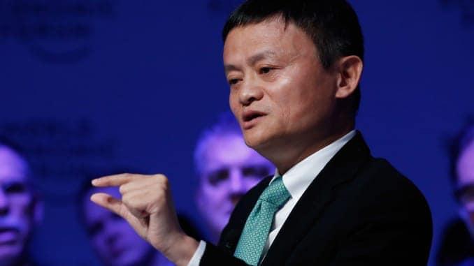 Jack Ma, celui dont on estime la fortune à près de 40 milliards d'euros est désormais prêt à se concentrer pleinement sur la philanthropie, sa seconde peau.